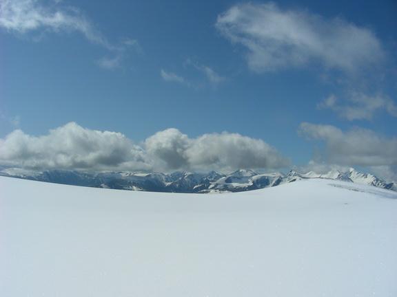 Вид из палатки на перевале Купол
