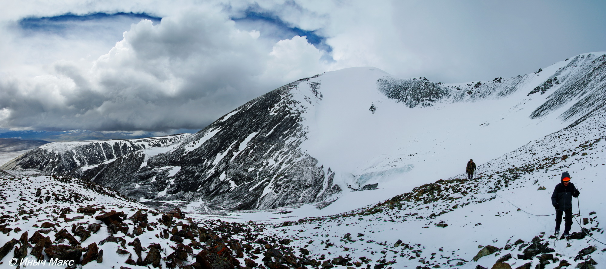 It is not difficult to climb tsambagarav uul, 4208 m people usually go on trek here with a local guide