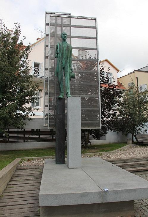 Эконом памятник Арка Пугачев памятник с ангелом Салават